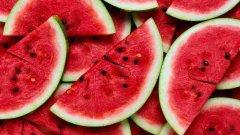 При болезни почек и мочевого пузыря арбузная диета противопоказана