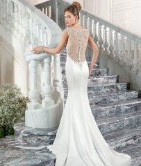 Свадебное платье с открытой спиной подойдёт для смелых и сексуальных невест