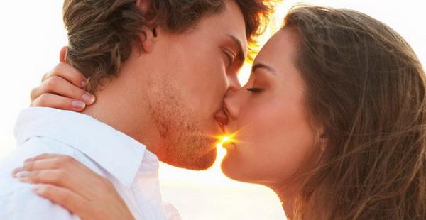 Как пережить расставание с первой любовью