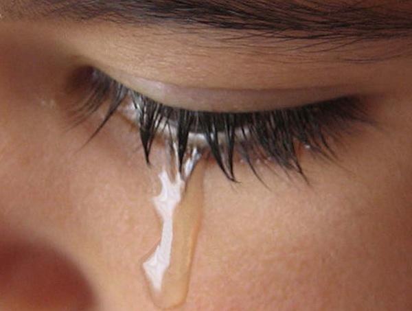 Улыбка и слезы – важнейшие инструменты тайного влияния на мужчин