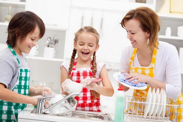 Должны ли быть у ребенка домашние обязанности