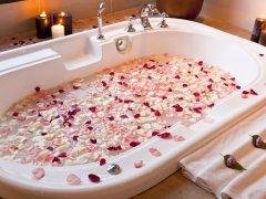 Романтическая ванна для любимого
