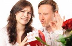 Россиянки составили рейтинг самых нежеланных подарков на Новый год